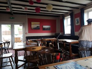Garn Isaf B&B Food and Drinks The Ship