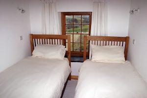 Garn Isaf Pembrokeshire Self Catering star Bedroom St Davids Twin Bedroom