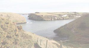 Garn-Isaf-Aber-Castle-Beach-Background-Image