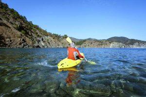 Sea-Kayak-Sunny-Day-Pembrokeshire-Garn-Isaf