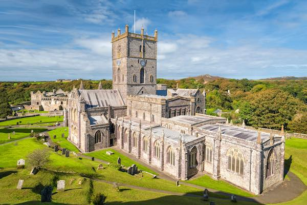 St-Davids-Cathedral-Wales-Garn-Isaf-Pembrokshire
