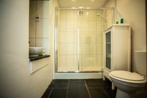 Y Garn Pembrokeshire Shower Room.jpg